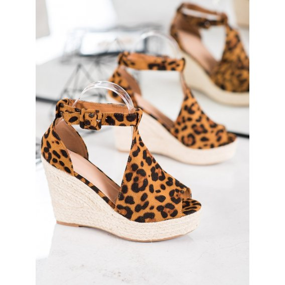 Semšiové klinové sandálky