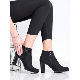 Elegantné členkové topánky s remienkami