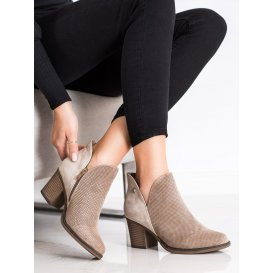 Jesenné topánky s výrezom