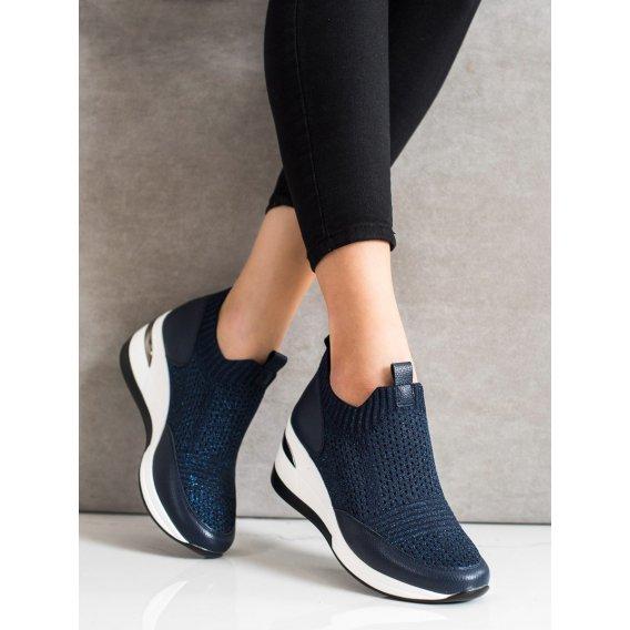 Tmavo modré textilné tenisky