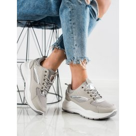 Štýlové sneakery športové