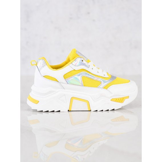 Sneakersy na platforme so sieťkou