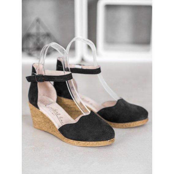 Kožené topánky na plnom opätku