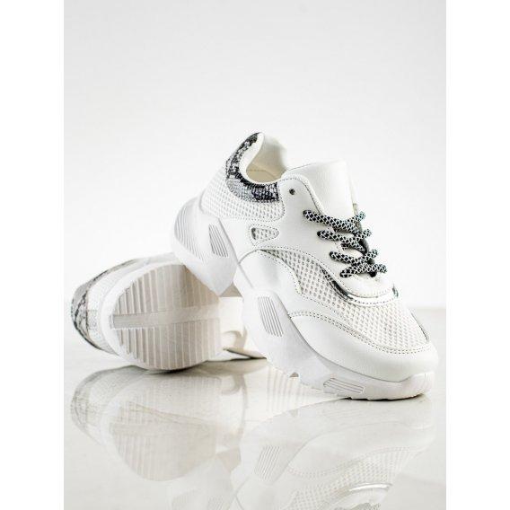 Biele sneakersy s hadím vzorom