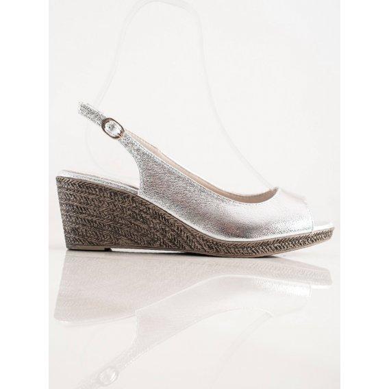 Neformálne sandálky na kline