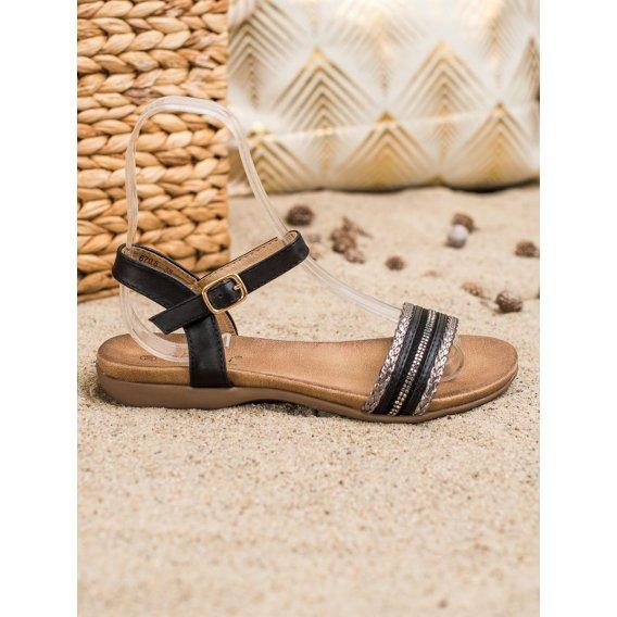 Čierne sandálky
