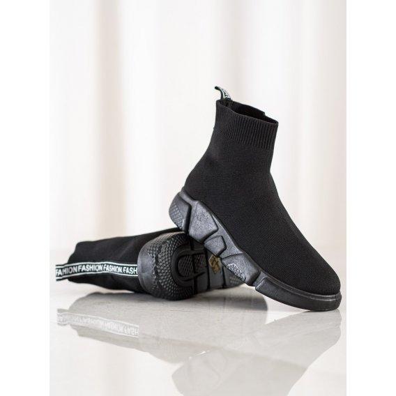 Čierne nazúvacie sneakersy