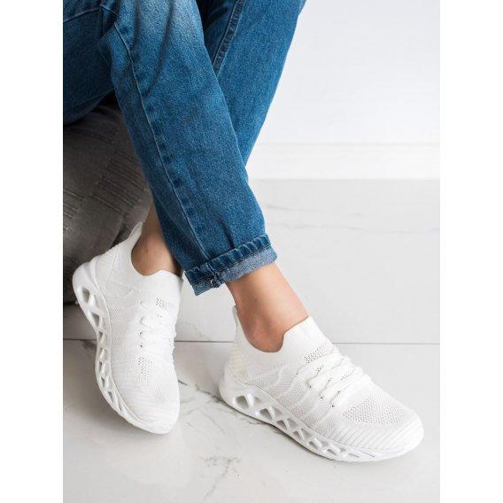 Ľahké športové topánky McKeylor