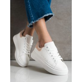 Biele sneakersy na platforme