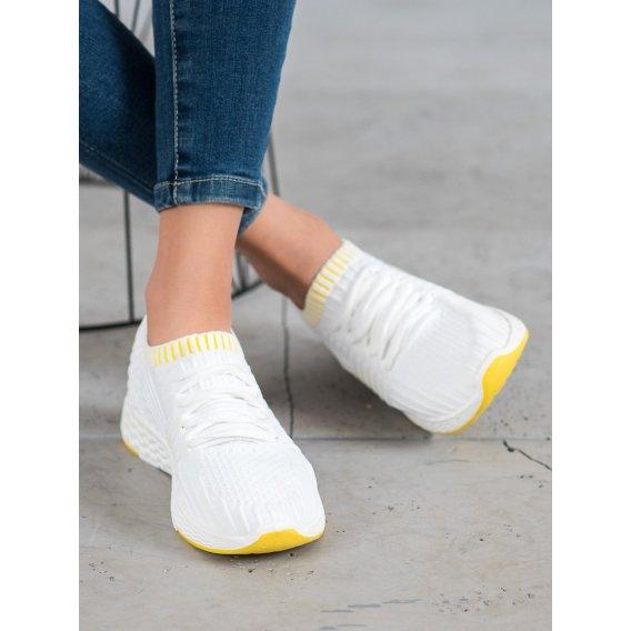 Nazúvacia textilná obuv
