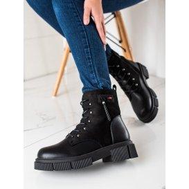 Šnúrovacie členkové topánky na platforme